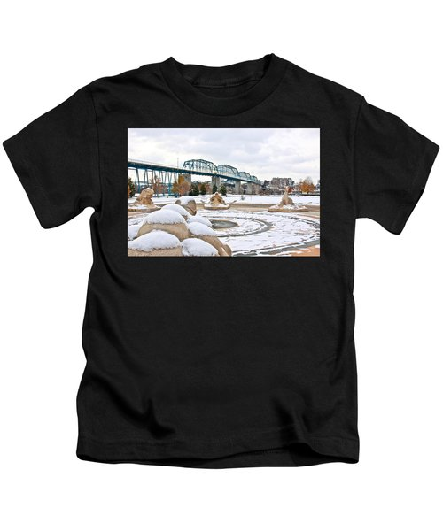 Fountain In Winter Kids T-Shirt
