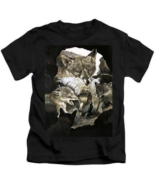 Fox Delivering Food To Its Cubs  Kids T-Shirt