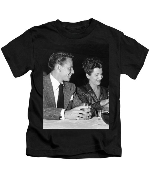 Frank Sinatra And Nancy Kids T-Shirt by Underwood Archives