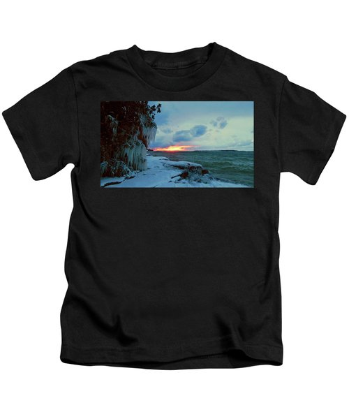 Frozen Sunset In Cape Vincent Kids T-Shirt