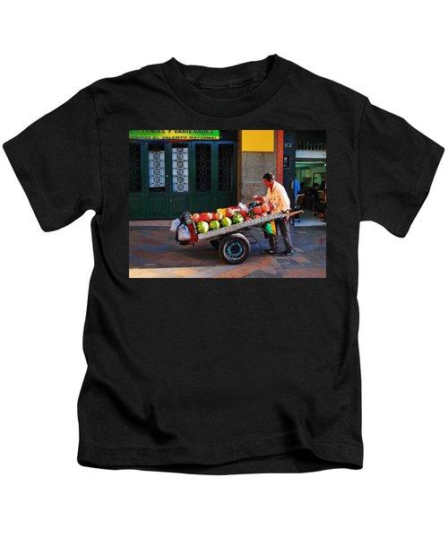 Fruta Limpia Kids T-Shirt