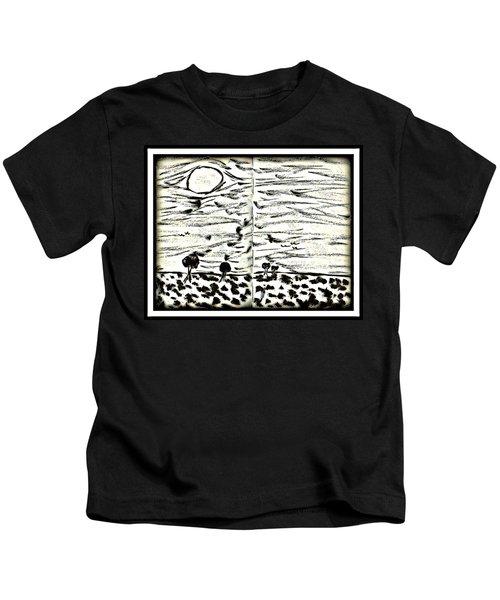 Fun In Trees 2 Kids T-Shirt