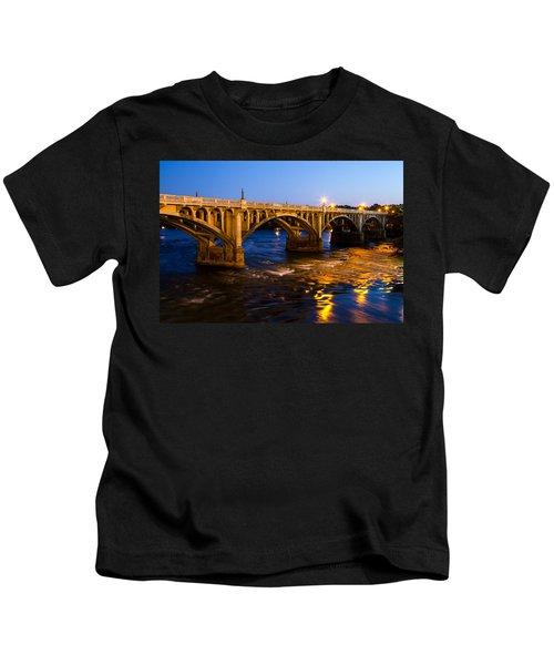 Gervais Street Bridge At Twilight Kids T-Shirt