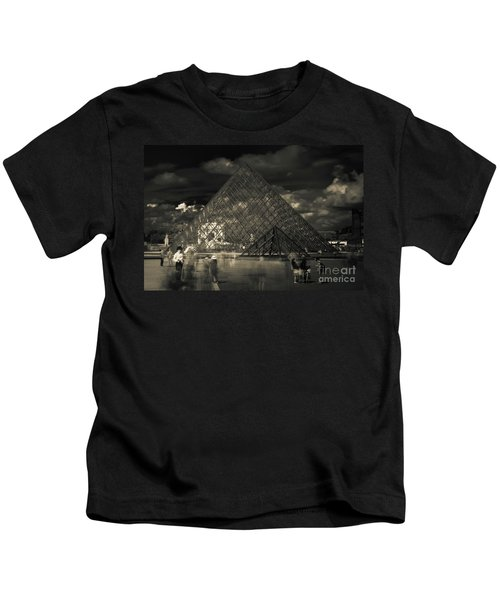 Ghosts Of The Louvre Kids T-Shirt
