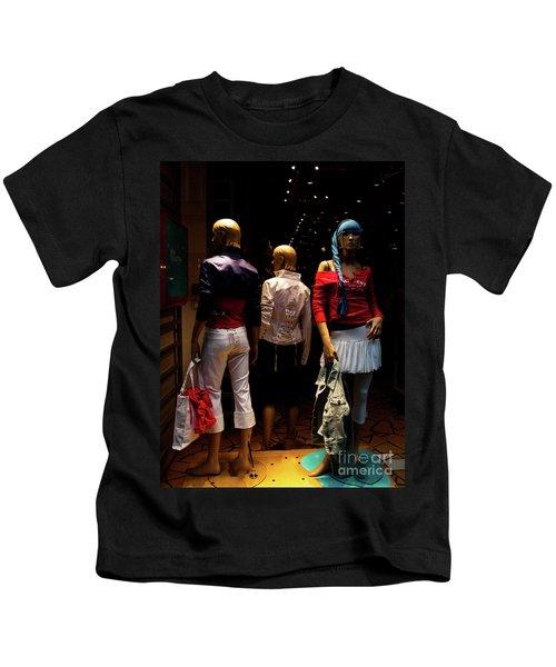 Girls_01 Kids T-Shirt