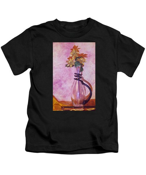 Gold Flowers Pink Background Kids T-Shirt