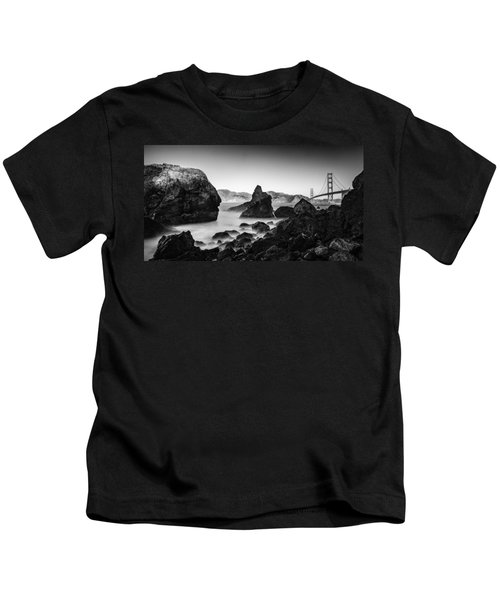 Golden Gate In Black And White Kids T-Shirt