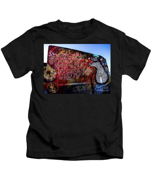 Graffiti_02 Kids T-Shirt
