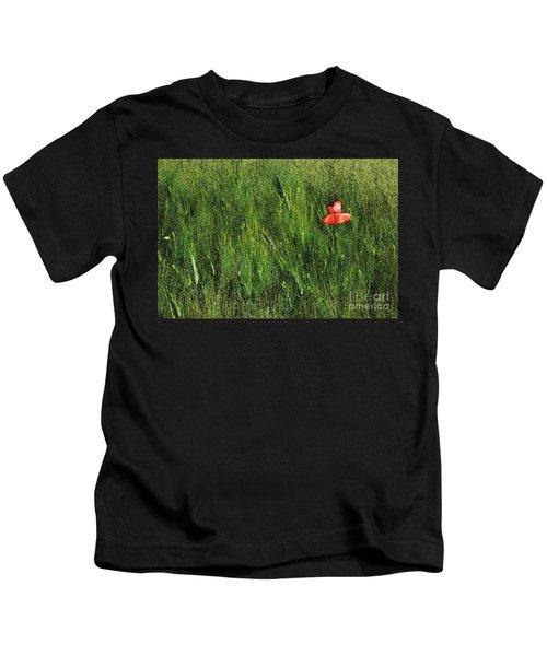 Grassland And Red Poppy Flower 2 Kids T-Shirt