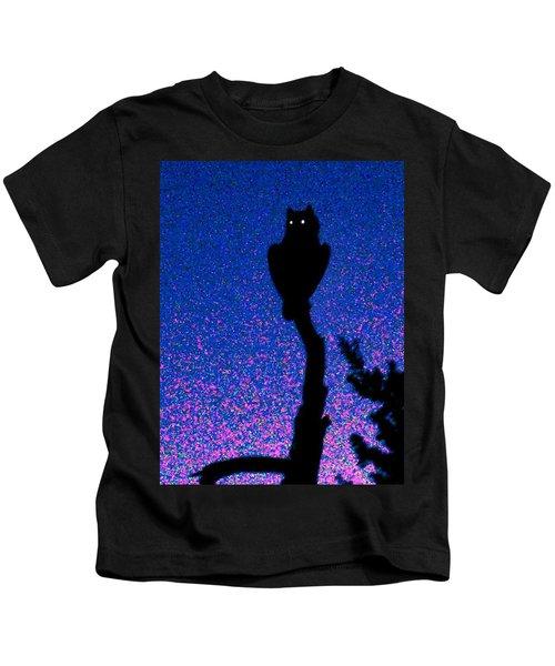 Great Horned Owl In The Desert Kids T-Shirt