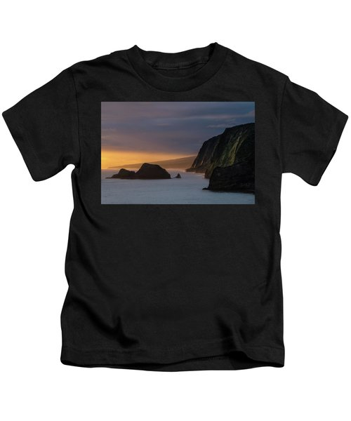 Hawaii Sunrise At The Pololu Valley Lookout Kids T-Shirt