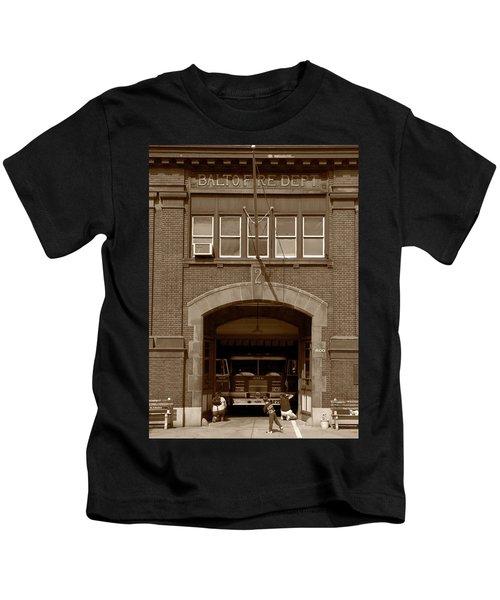 Hey, What Ya Doing? Kids T-Shirt