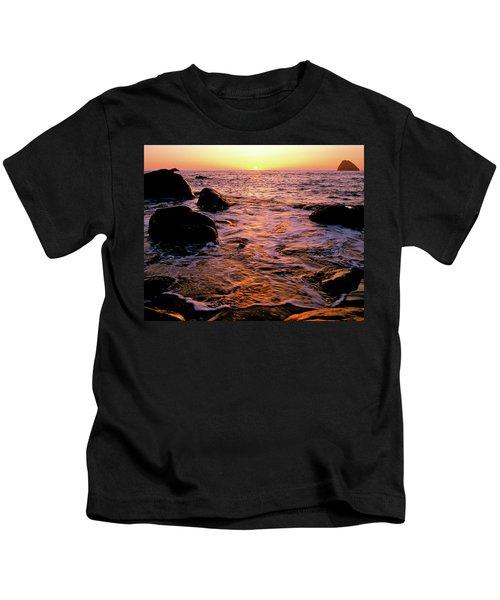 Hidden Cove Sunset Redwood National Park Kids T-Shirt