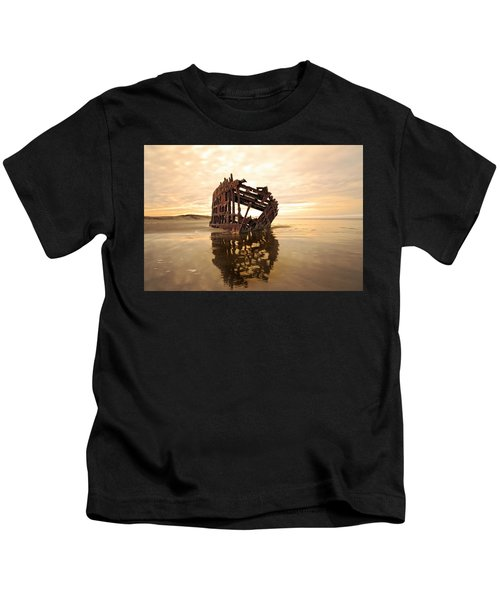 High And Dry, The Peter Iredale Kids T-Shirt