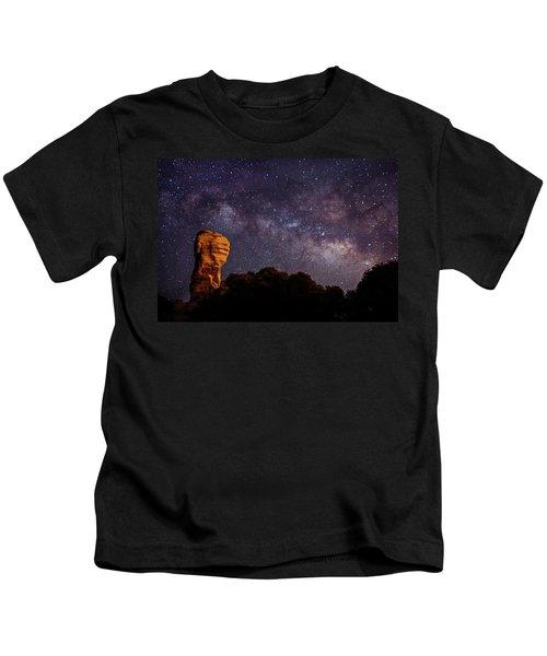 Hitchcock Pinnacle Nightscape -- Milky Way Kids T-Shirt