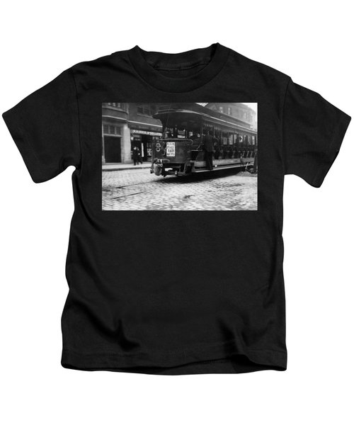 Hitching A Ride On The Trolley - Boston - 1909 Kids T-Shirt