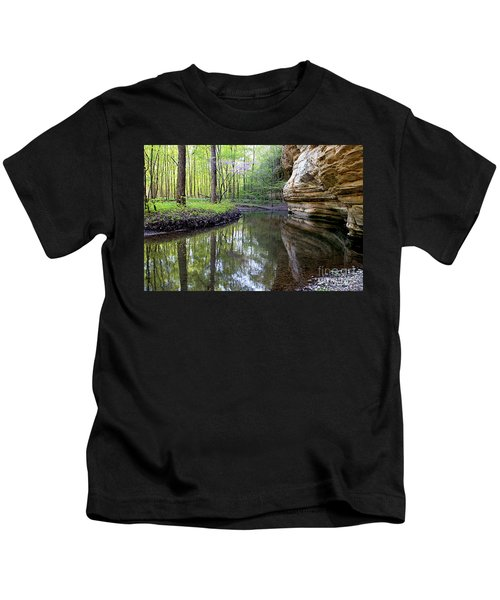 Illinois Canyon In Spring Starved Rock State Park Kids T-Shirt
