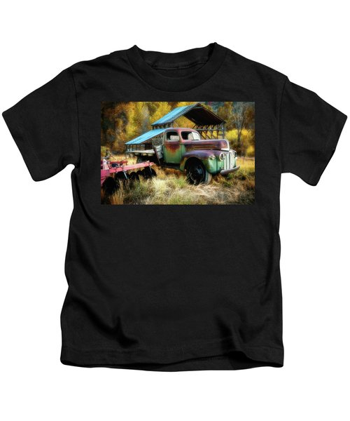 In The Autumn Of Life - 1945 Ford Flatbed Truck Kids T-Shirt