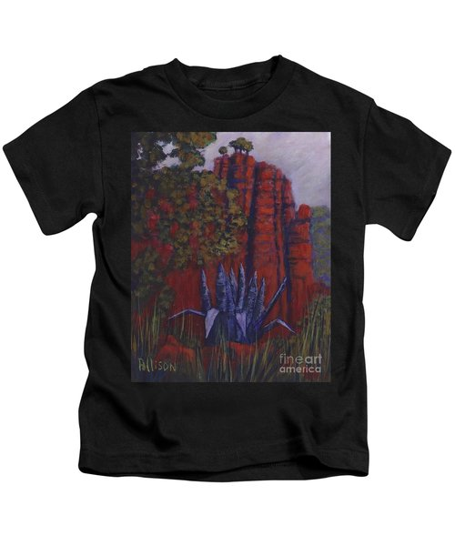 Indian Lodge Courtyard Fort Davis, Tx Kids T-Shirt