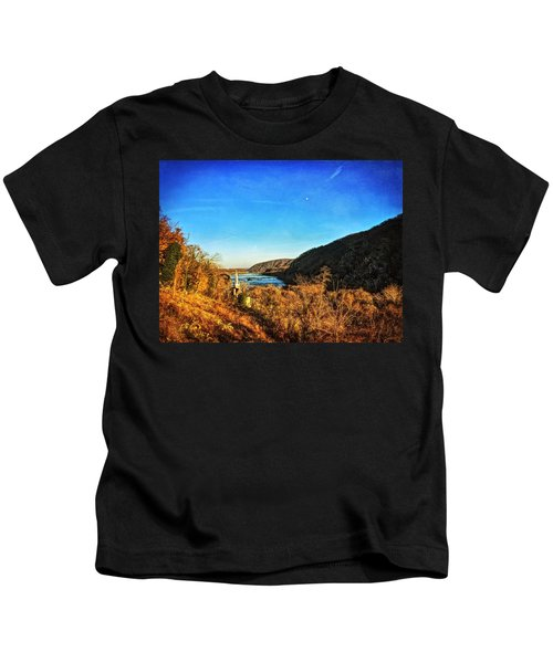 Kids T-Shirt featuring the photograph Jefferson Rock by Chris Montcalmo