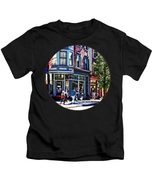 Jim Thorpe Pa - Window Shopping Kids T-Shirt