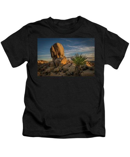 Joshua Tree Rock Formation Kids T-Shirt