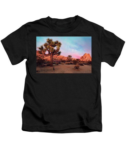 Joshua Tree With Dawn's Early Light Kids T-Shirt