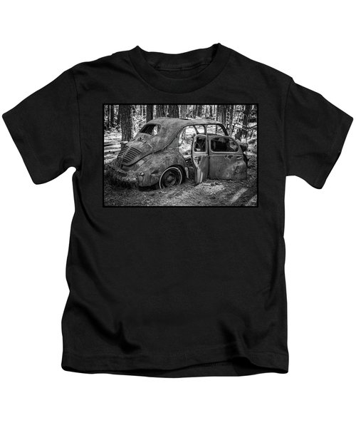 Junked Cars Kids T-Shirt
