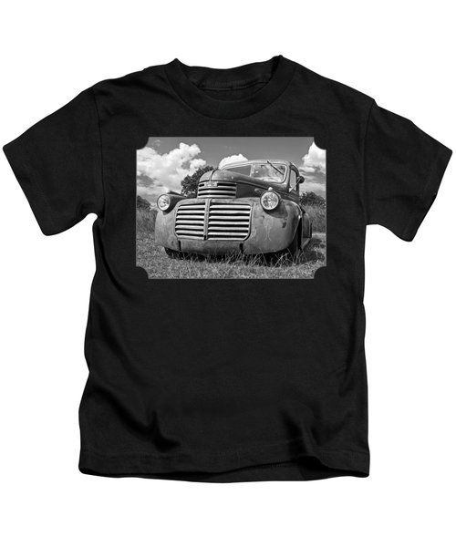 Just Resting - Vintage Gmc Truck Black And White Kids T-Shirt