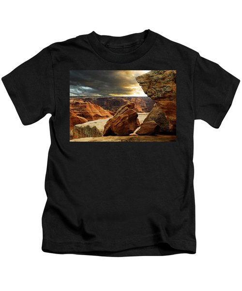 Kissing Rocks Kids T-Shirt