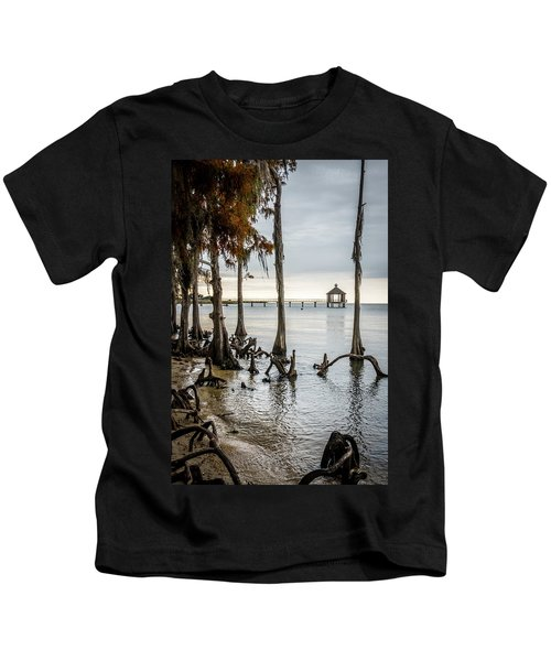 Lake Pontchartrain Uncropped Kids T-Shirt