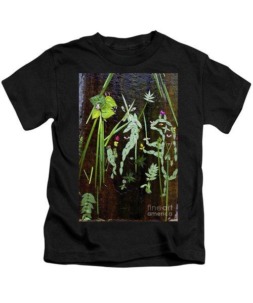 Leaf Art Kids T-Shirt