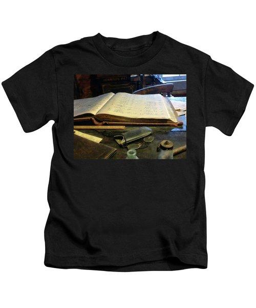 Ledger And Eyeglasses Kids T-Shirt