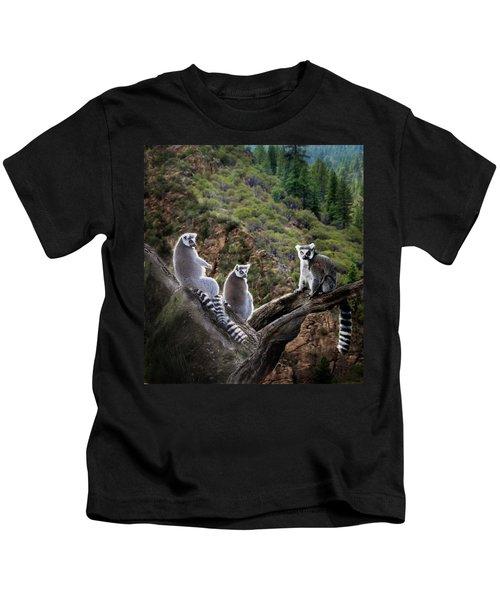 Lemur Family Kids T-Shirt