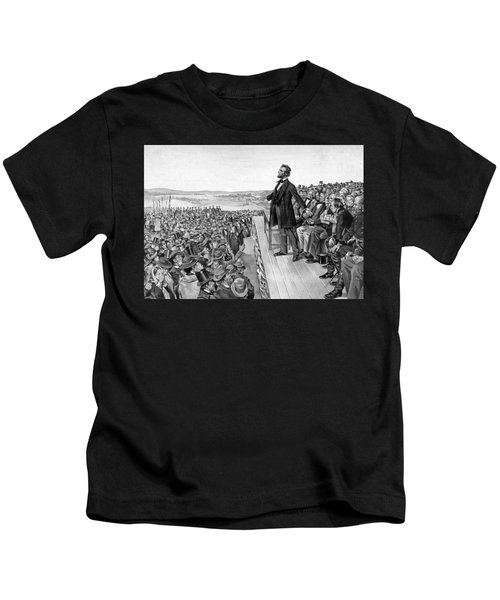 Lincoln Delivering The Gettysburg Address Kids T-Shirt