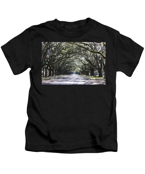 Live Oak Lane In Savannah Kids T-Shirt