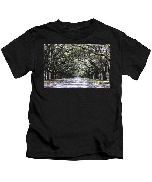 Live Oak Lane In Savannah Kids T-Shirt