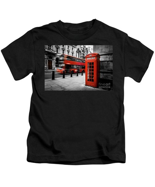 London Bus And Telephone Box In Red Kids T-Shirt