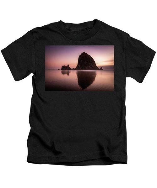 Long Exposure Of Haystack Rock At Sunset Kids T-Shirt