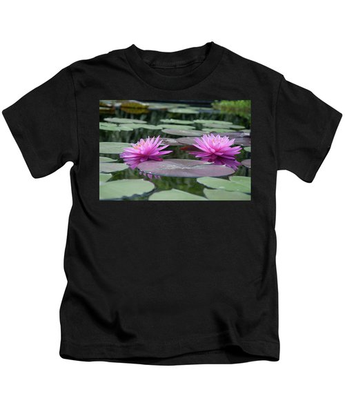 Longwood Gardens - Water Lillies - Chester County Pa Kids T-Shirt