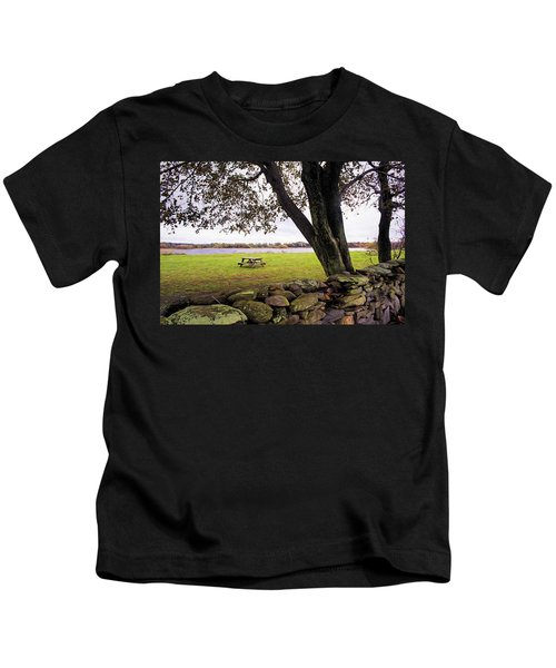 Looking Over The Wall Kids T-Shirt