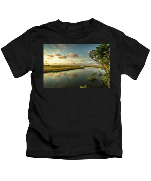 Pitt Street Bridge Creek Sunrise Kids T-Shirt