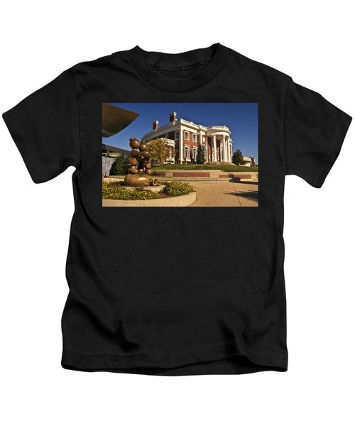 Mansion Hunter Museum Kids T-Shirt