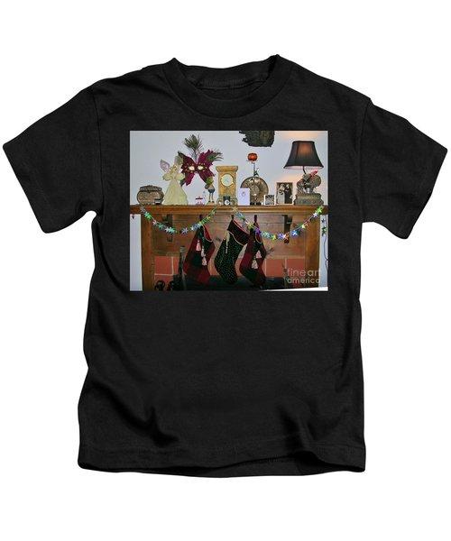 Mantel With Mask Kids T-Shirt