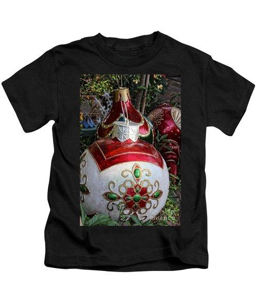 Merry Joyful Christmas Kids T-Shirt