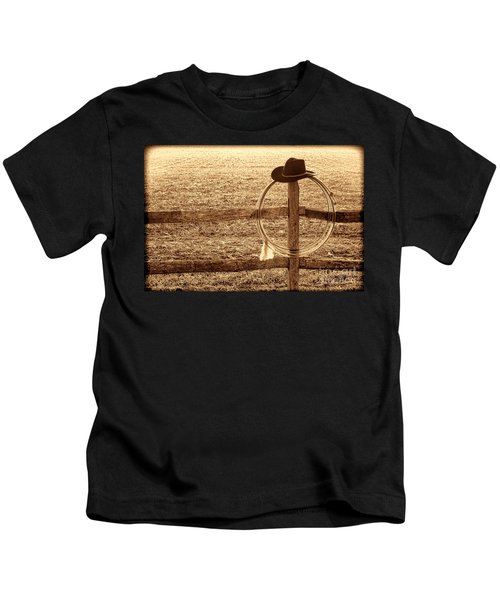 Misty Morning At The Ranch Kids T-Shirt