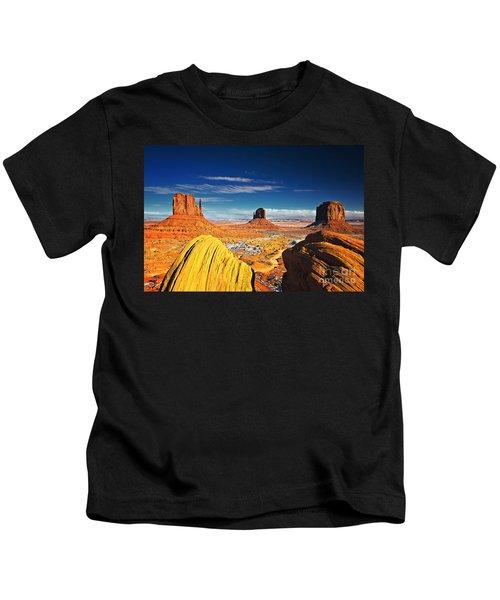 Monument Valley Mittens Utah Usa Kids T-Shirt