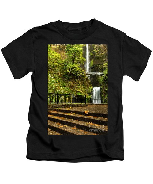Multnomah Falls,oregon Kids T-Shirt