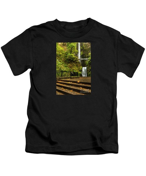 Multnomah Falls,oregon Kids T-Shirt