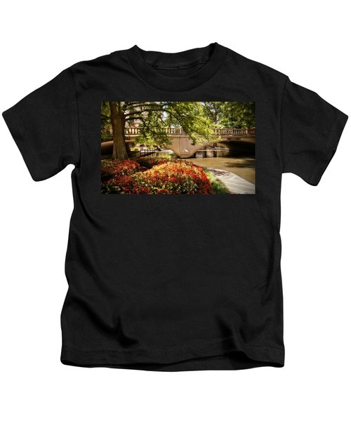 Navarro Street Bridge Kids T-Shirt